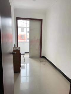 出租(城中片区)韩寨3室1厅1卫120平精装修