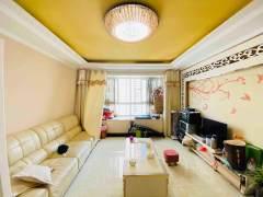 繁华地段 翰联时代广场 电梯房13楼东边户 精装3室户型方正
