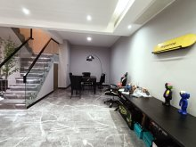 房东诚心出售:三巽·壹號院3室2厅2卫156万206m²出售