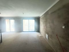 出售一楼带院,带地下室,上下300多平,